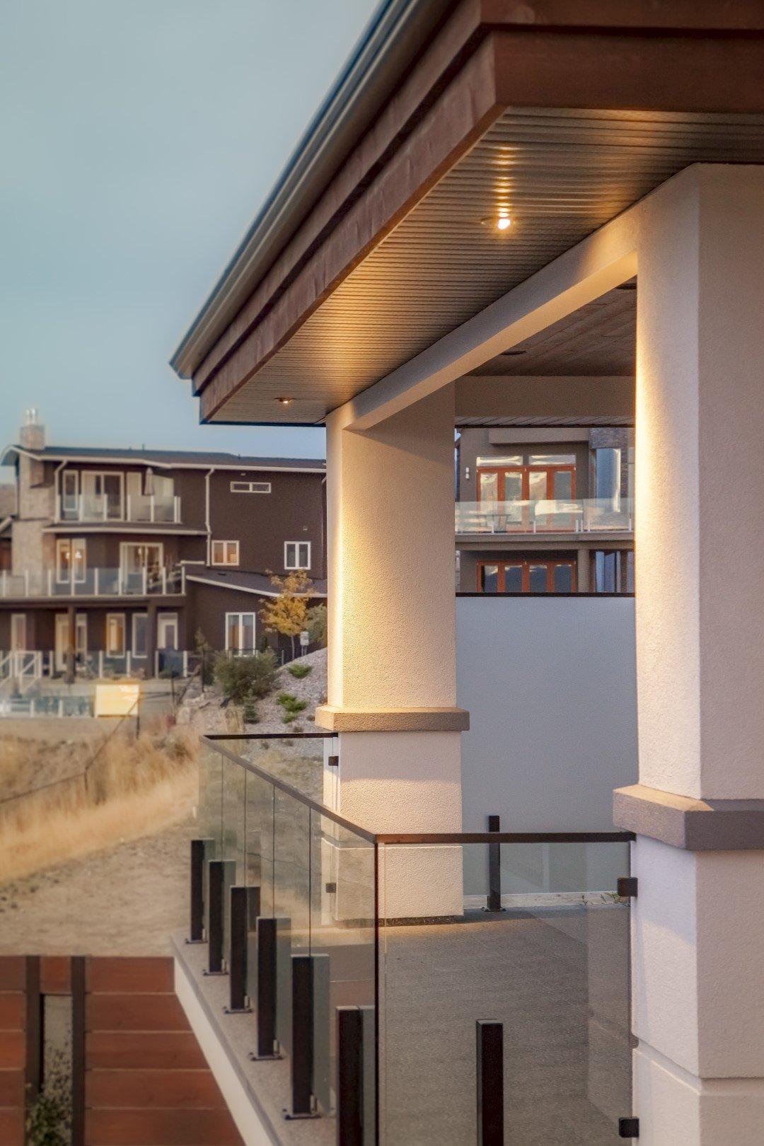Modern Home Deck Railing