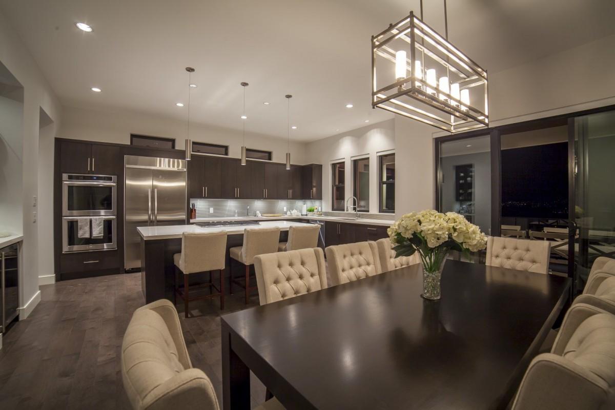Modern Home Open Concept Kitchen