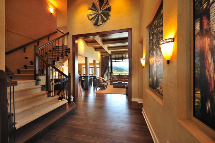 Kettle Valley - Show Home Entrance