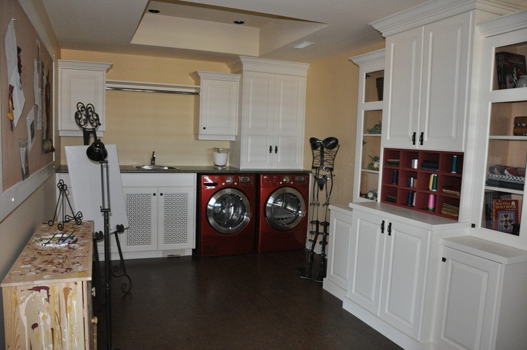Kettle Valley Home laundry