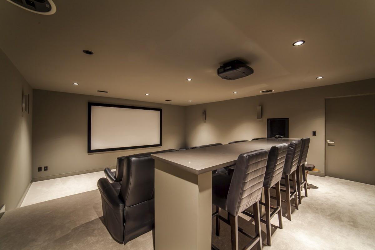 Modern Home Theatre