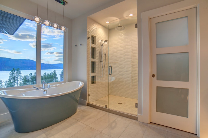 Master Bathroom - McKinley Beach - Show Home - Custom Home (11)