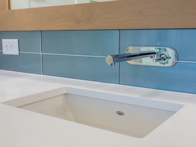 Bathroom Faucet McKinley Beach - Show Home - Custom Home (30)